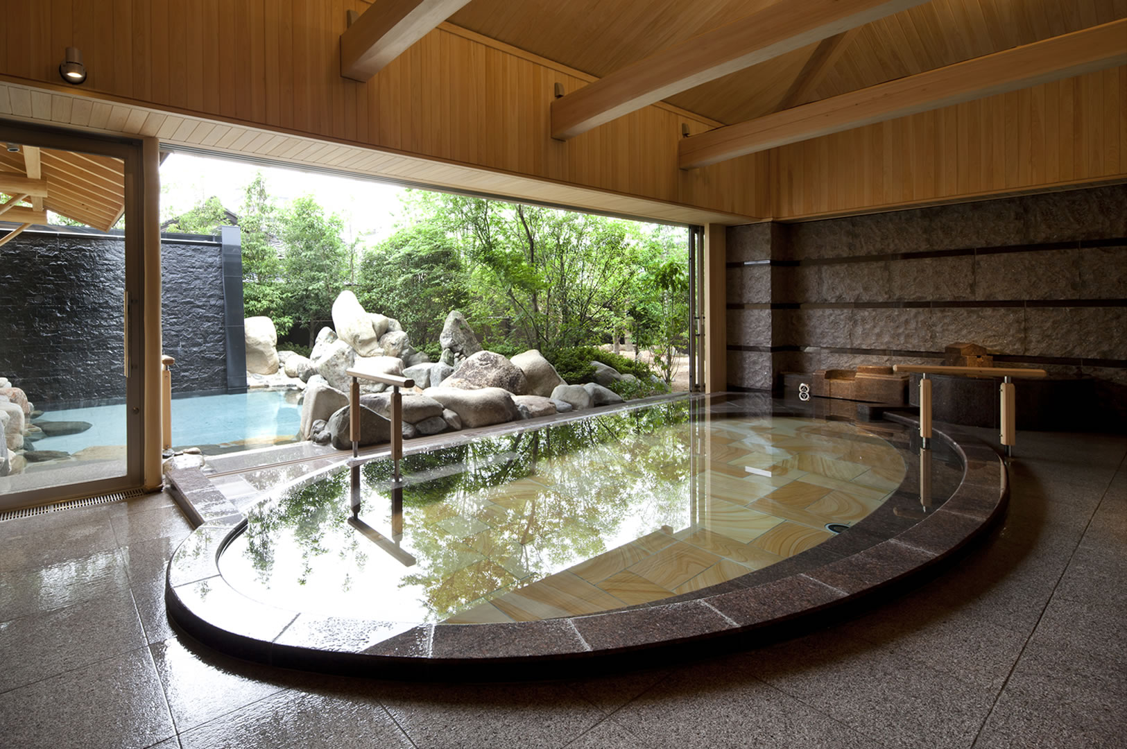 Japanese Style Inn And Hot Spring Spa